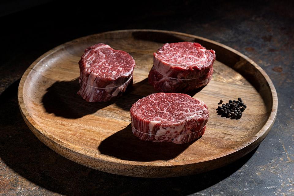Solomillo, corte entre el lomo bajo y el riñón de la vaca tierno y sabroso.